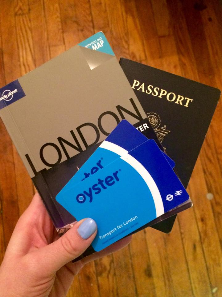 Tips for Enjoying London on a Budget_Oyster Card