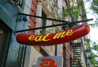 10 Classic NYC Restaurants You Can't Miss