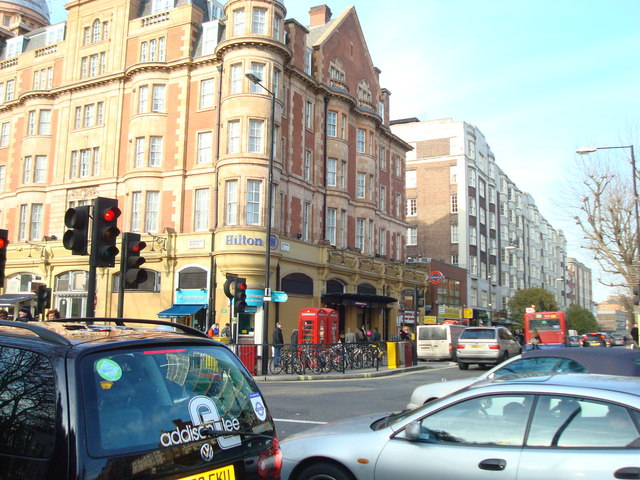 Hilton_London_Hyde_Park_Hotel,_Bayswater_Road,_London_W2_-_geograph.org.uk_-_1149723