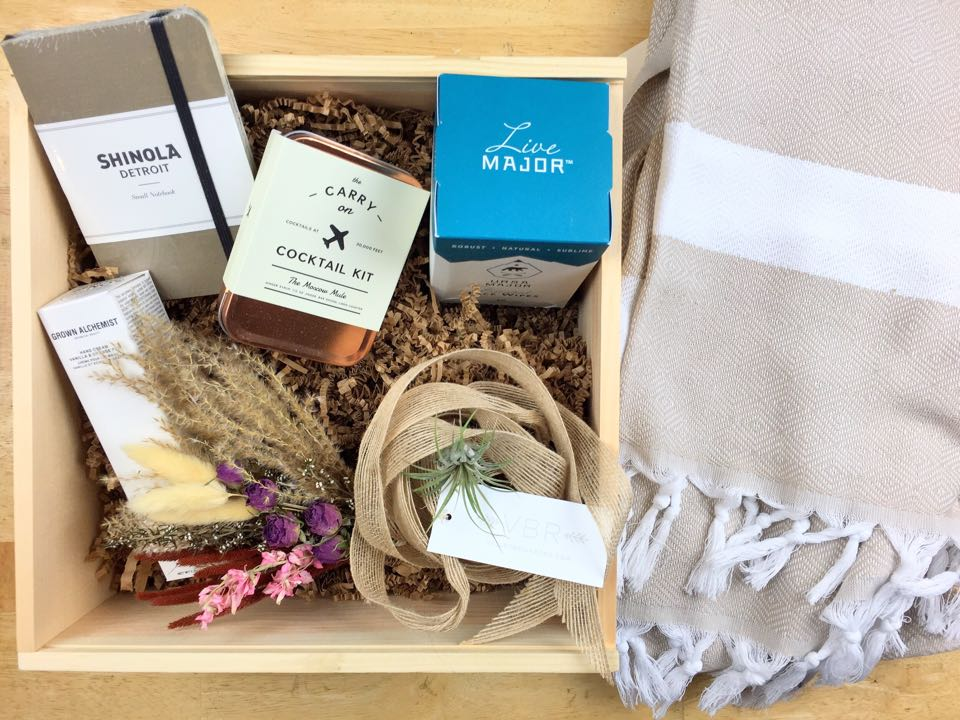 valley brink road travel gift box