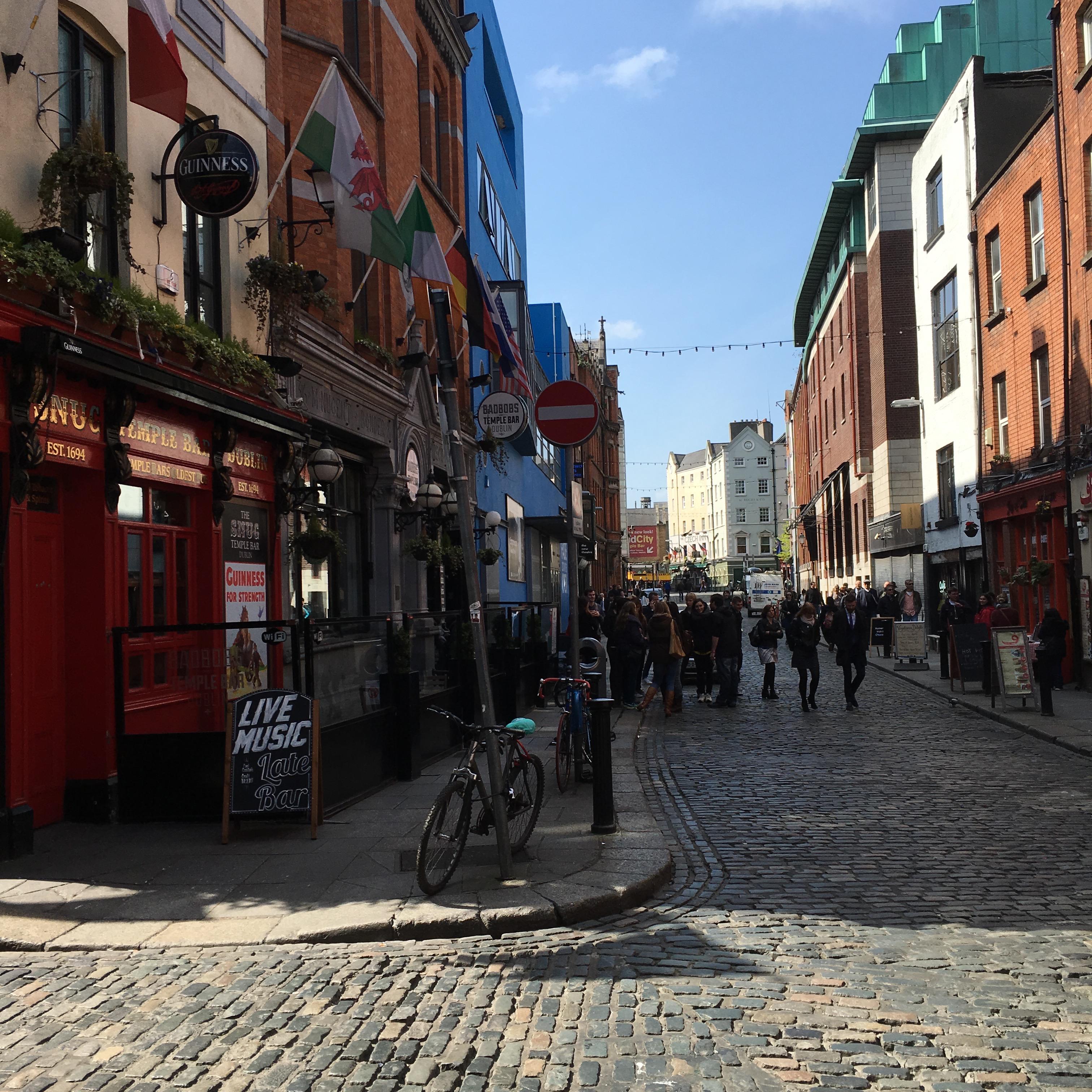 Temple-Bar-dublin-ireland