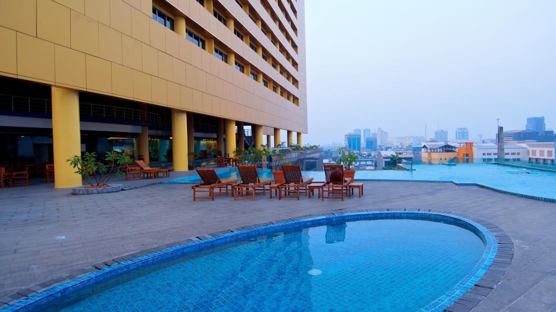 merlynn-park-hotel-indonesia