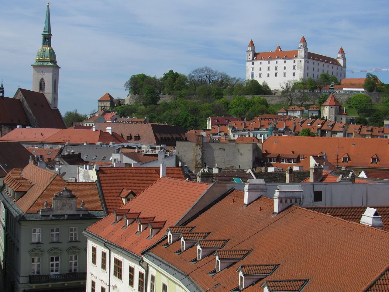 bratislava-1339569_1280