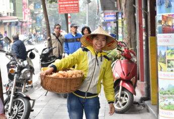 An Introduction & Guide to Eating in Hanoi, Vietnam