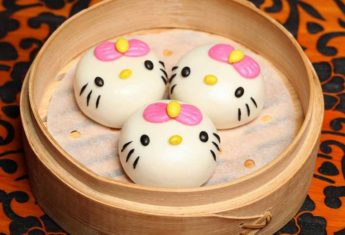 Dining at Hong Kong's Hello Kitty Restaurant